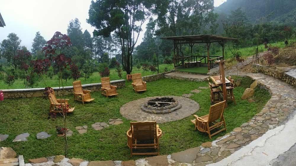 Forest Garden Batulayang Bogor