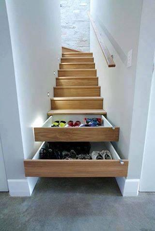 anak tangga untuk almari laci
