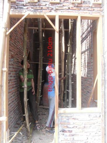 tinggi pintu 210 cm