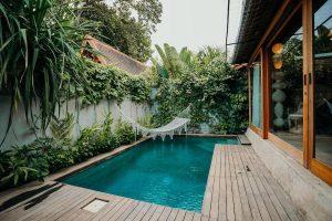 desain kolam renang rumah