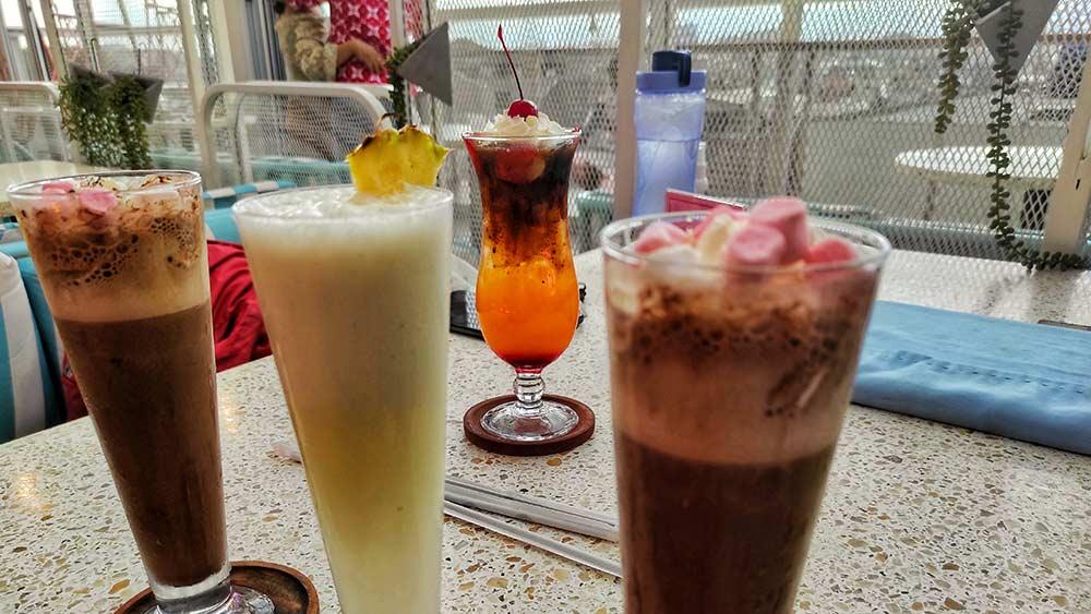 Level Six Cafe & Bar Bandung