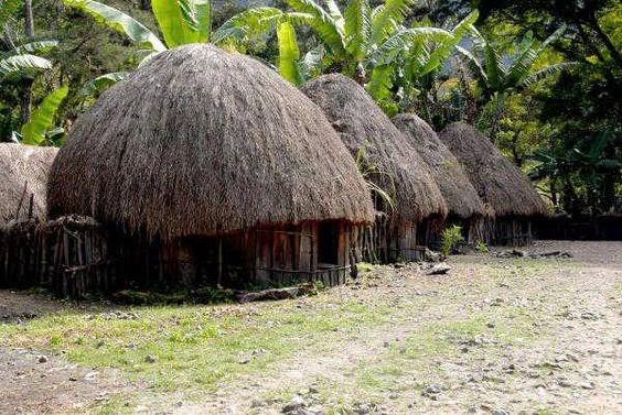 rumah adat dan asalnya