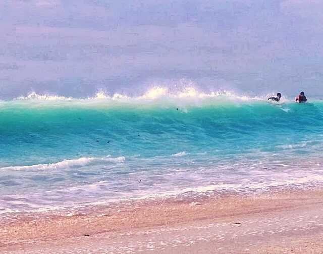 aktifitas pantai nyang nyang bali