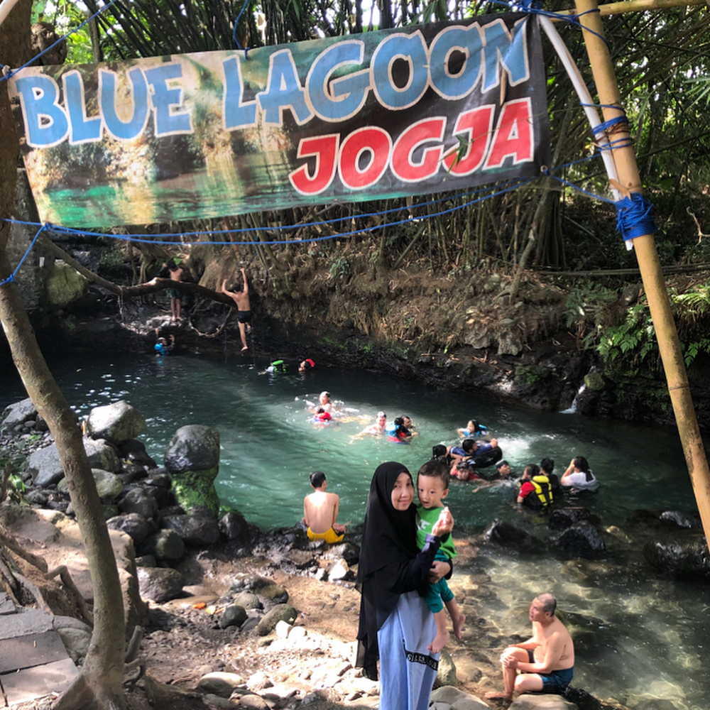 asyiknya liburan di blue lagoon jogja