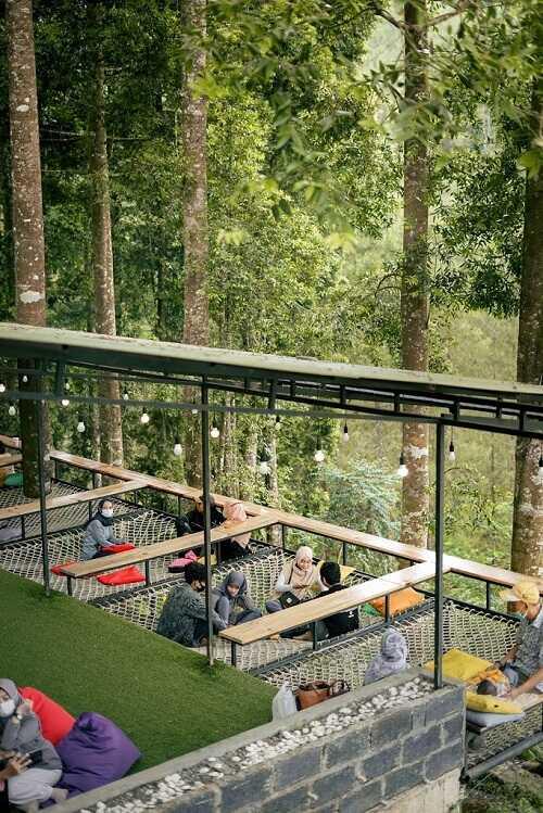 coffee shop kembang langit park batang