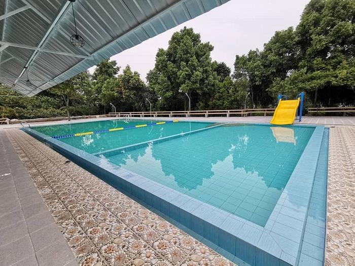 fasilitas kolam renang di villa kebunsu bogor
