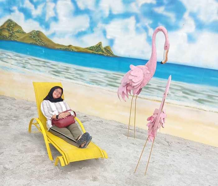 flamingo beach di this is me bandung