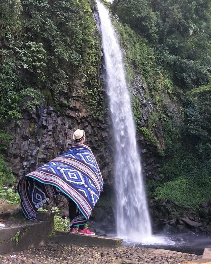 foto air terjun lembah anai sumbar yang instagramable