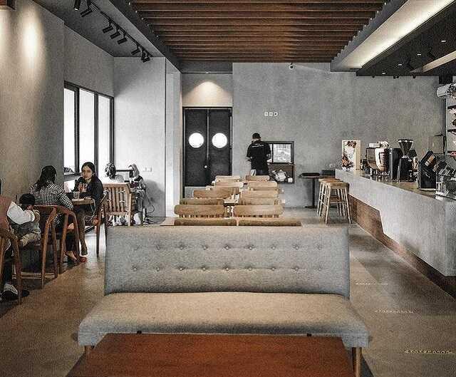 indoor almamater coffee solo