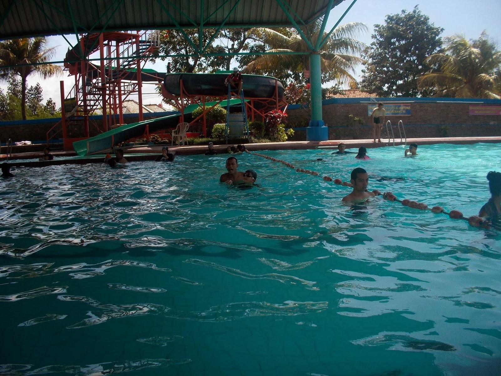 kolam renang air panas bikasoga