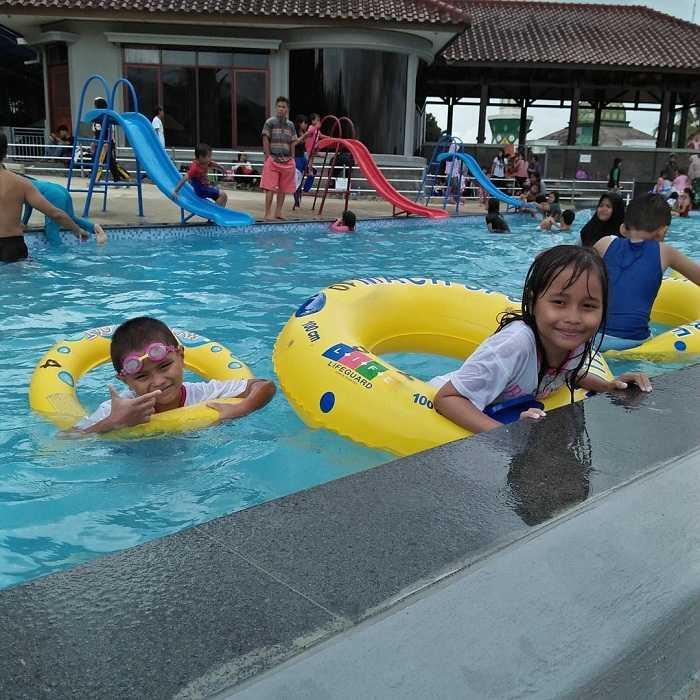 kolam renang anak di kolam renang aldepos