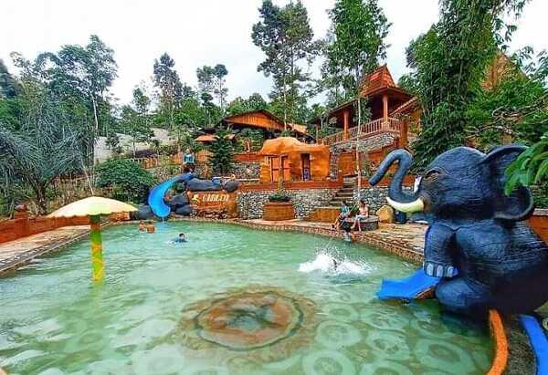 kolam renang dalem simbah wonosalam jombang