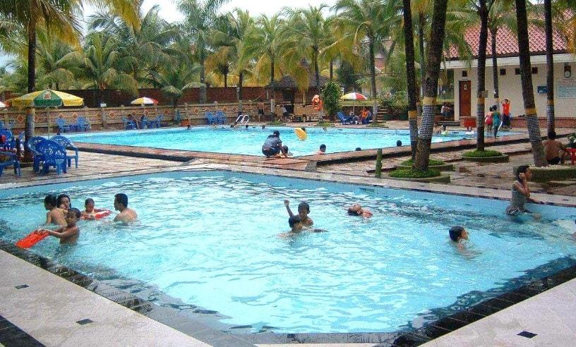 kolam renang gema pesona