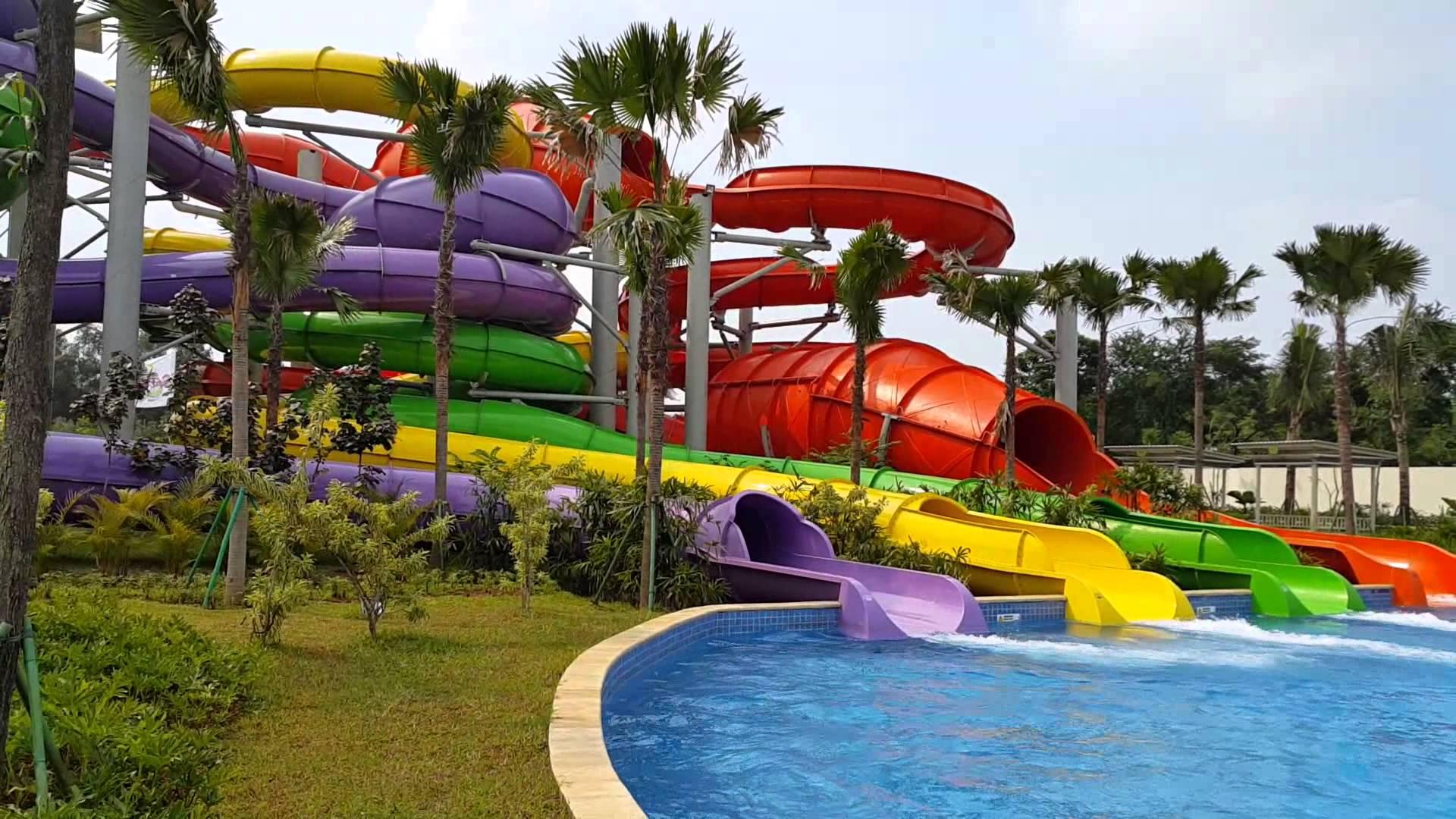 kolam renang go wet grand wisata