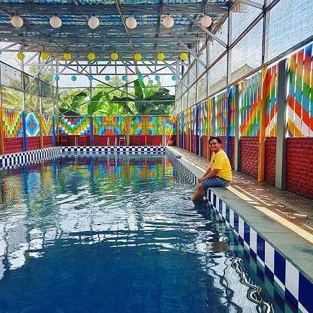 kolam renang kampung etnik kebumen