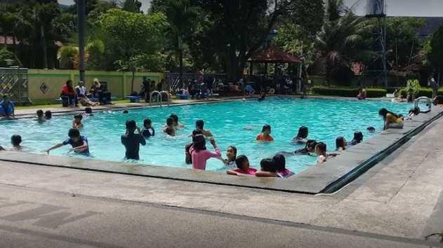 kolam renang lantamal