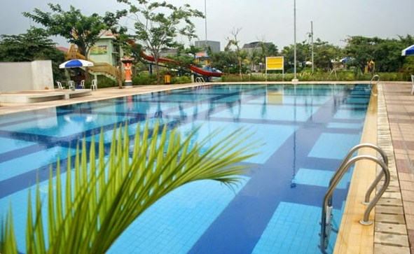 kolam renang metland tambun