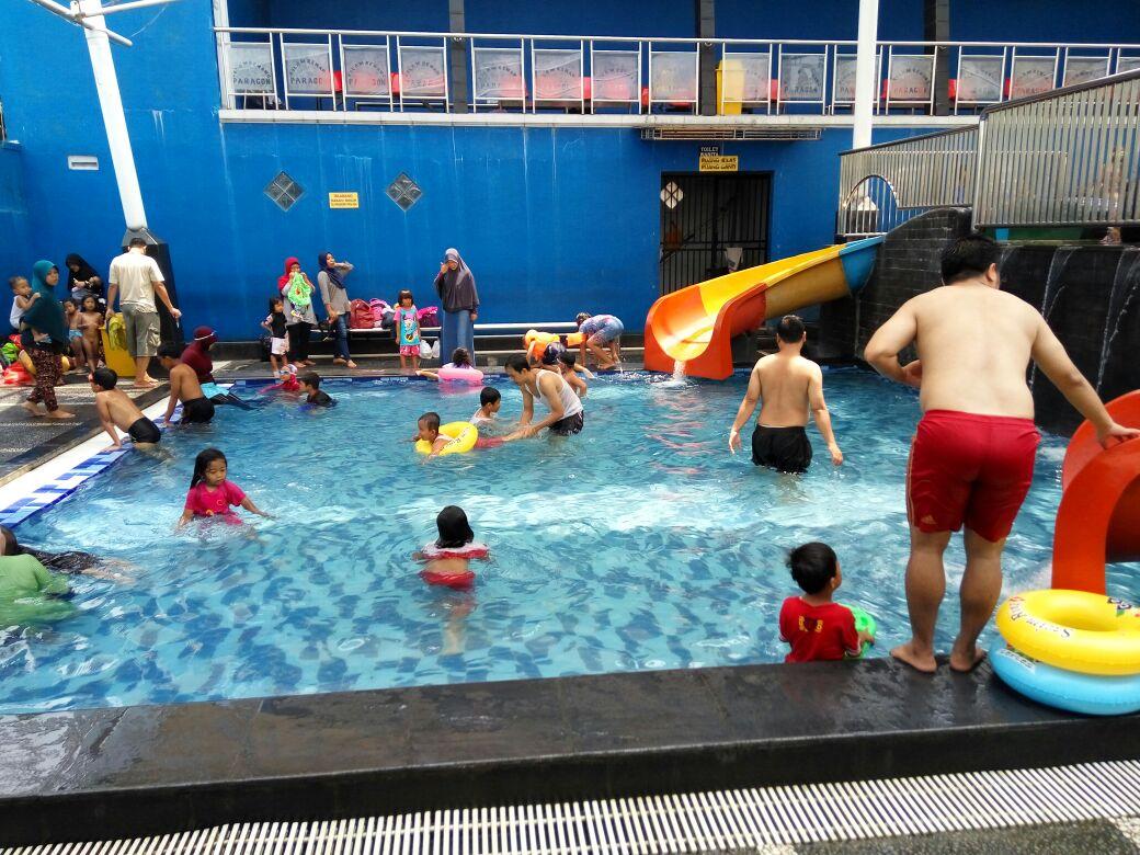 kolam renang paragon
