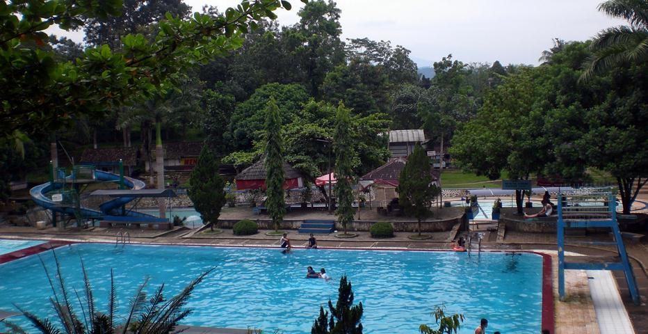 kolam renang patemon