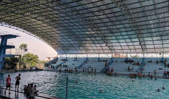 kolam renang selayang medan indoor