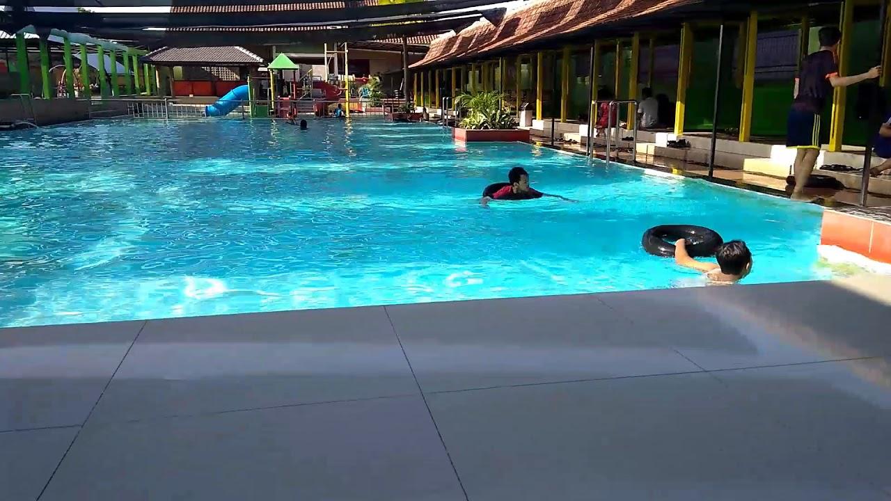 kolam renang umbul asri