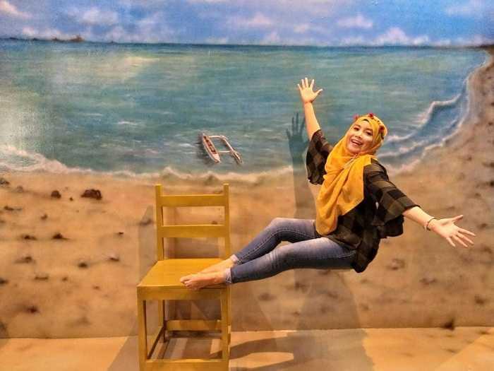 lukisan 3d melayang di the illusion bogor