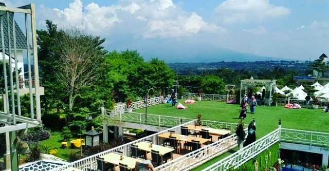 panorama chevilly resort and camp bogor