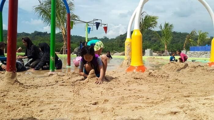 pasir putih di cikao park