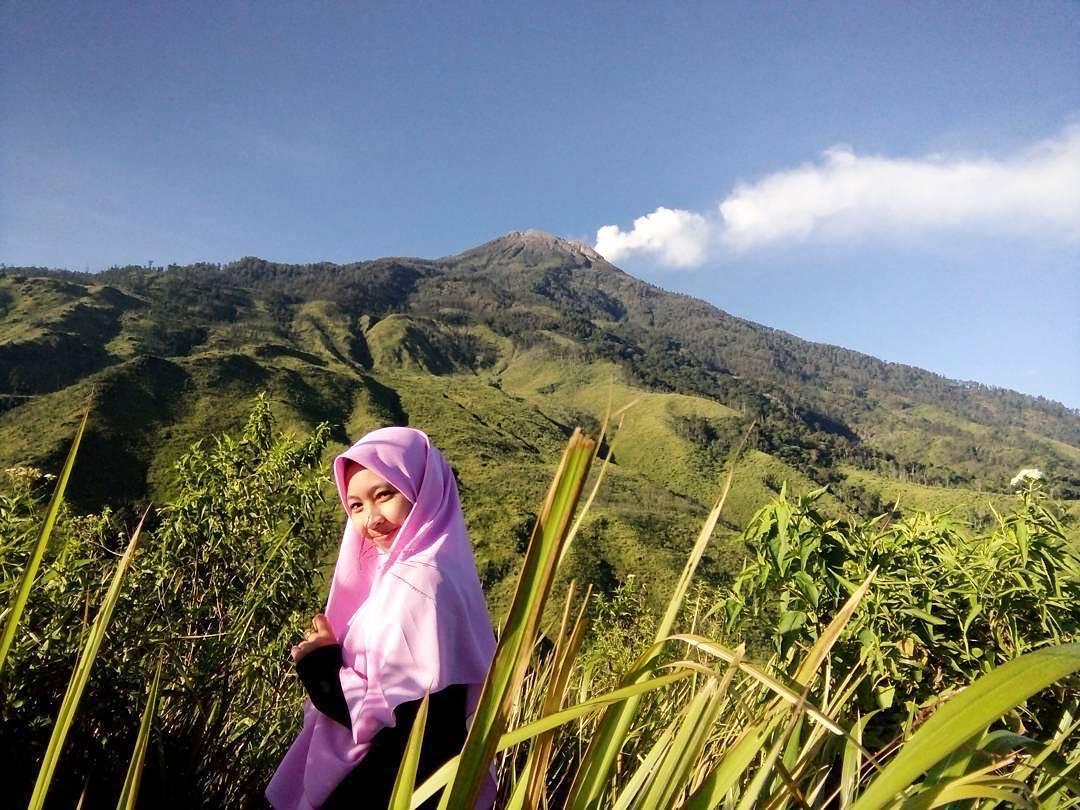 pendaki cantik gunung pundak