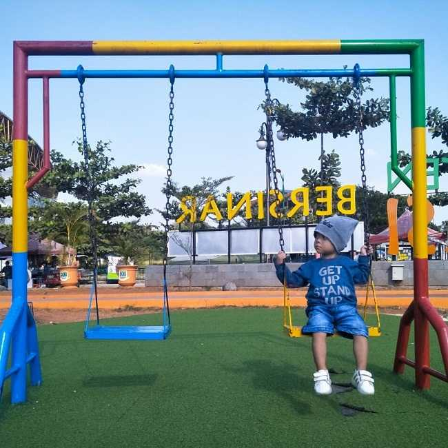 playground di taman sehati