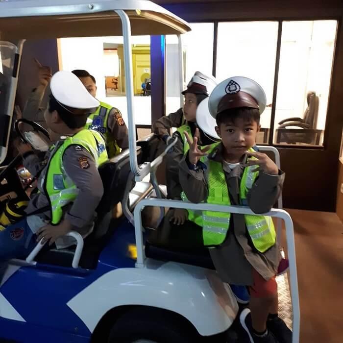 polisi di bandung champion city
