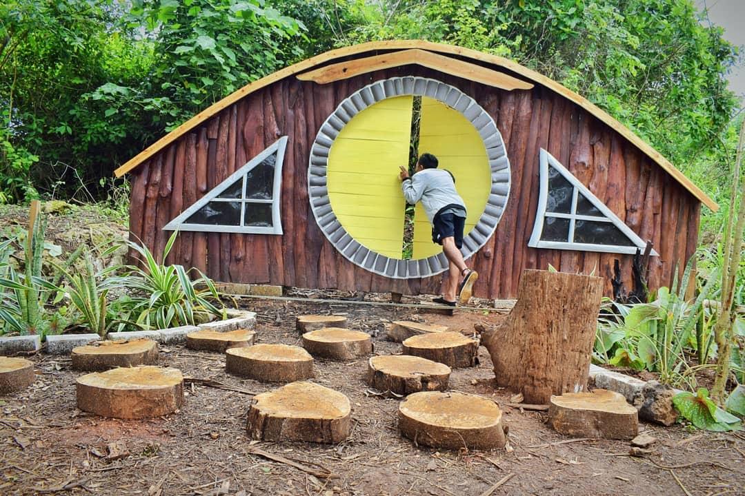rumah hobbit di wagos