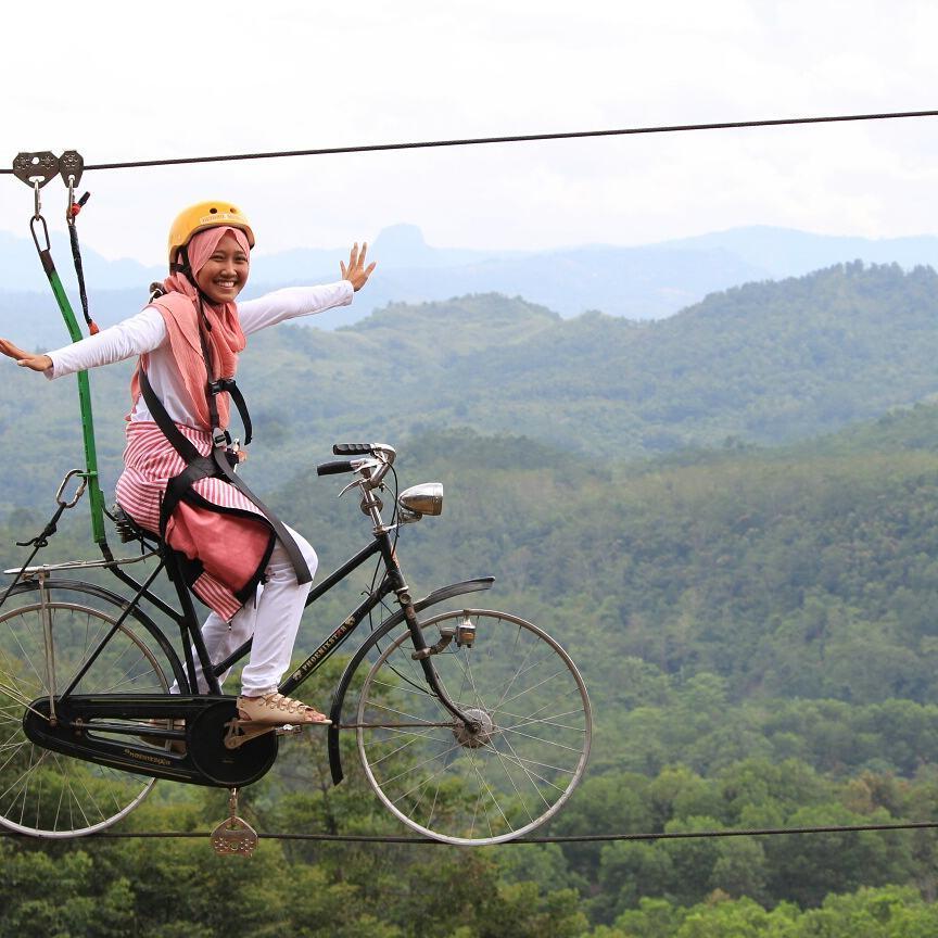 sepeda terbang di jonggol garden