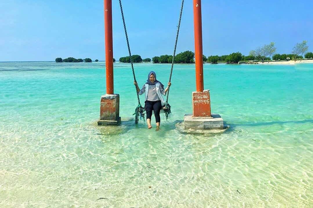 spot foto ayunan di pulau pari kepulauan seribu jakarta
