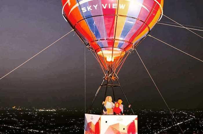spot foto balon udara di heha sky view