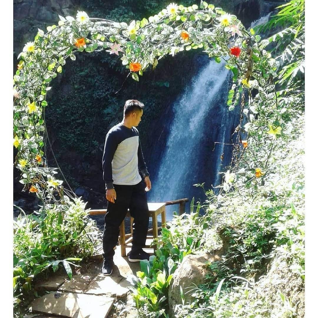 spot foto frame love di coban kethak