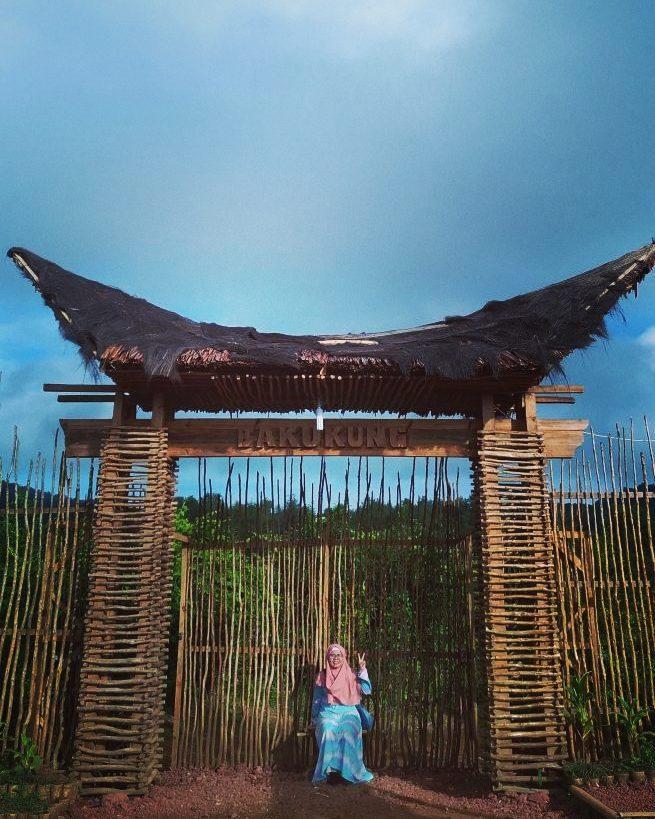 spot foto instagenik di wisata bakukung bogor