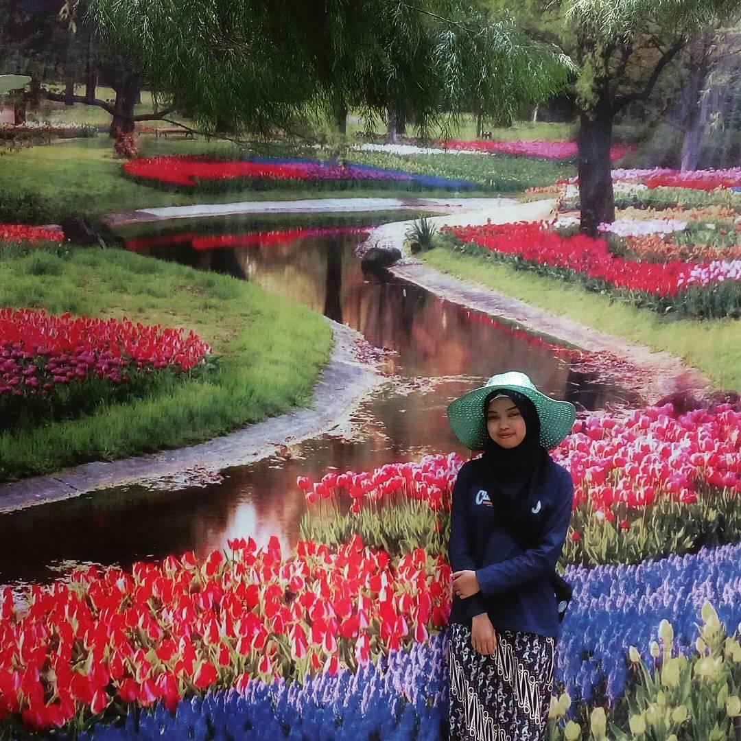 spot foto lukisan 3d di kampung tulip bandung