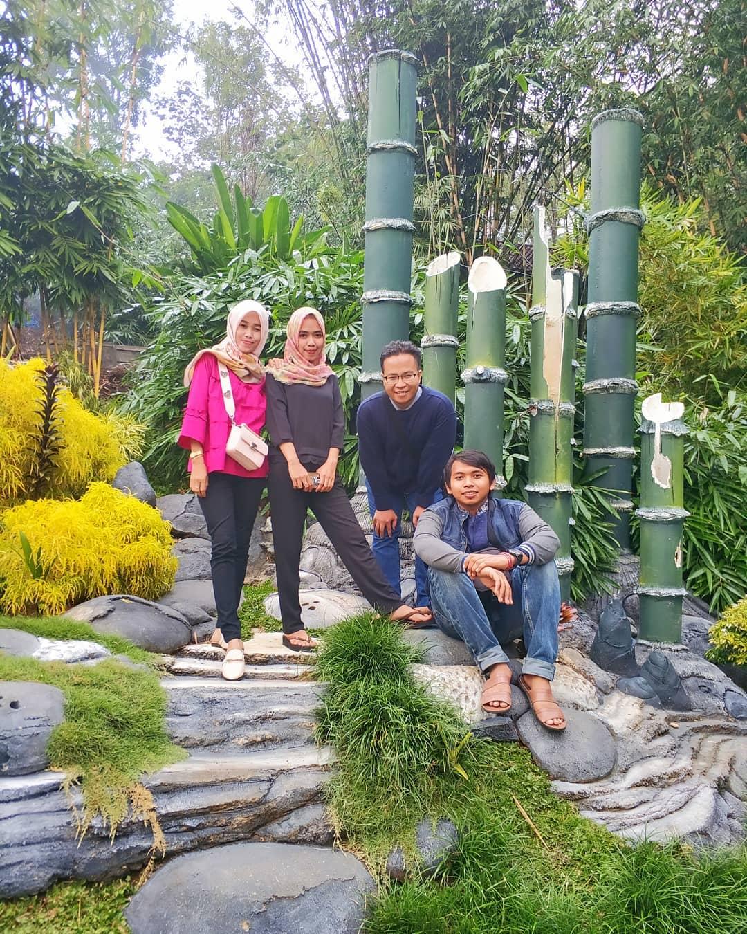 spot foto taman bambu di cowindo sendang tulungagung