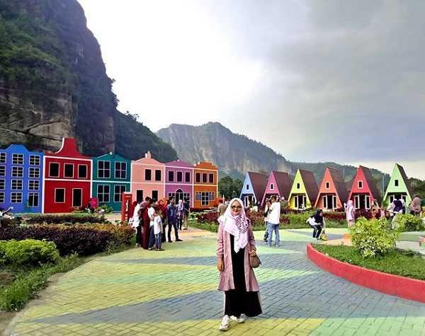 suasana kampung eropa lembah harau sumatera barat