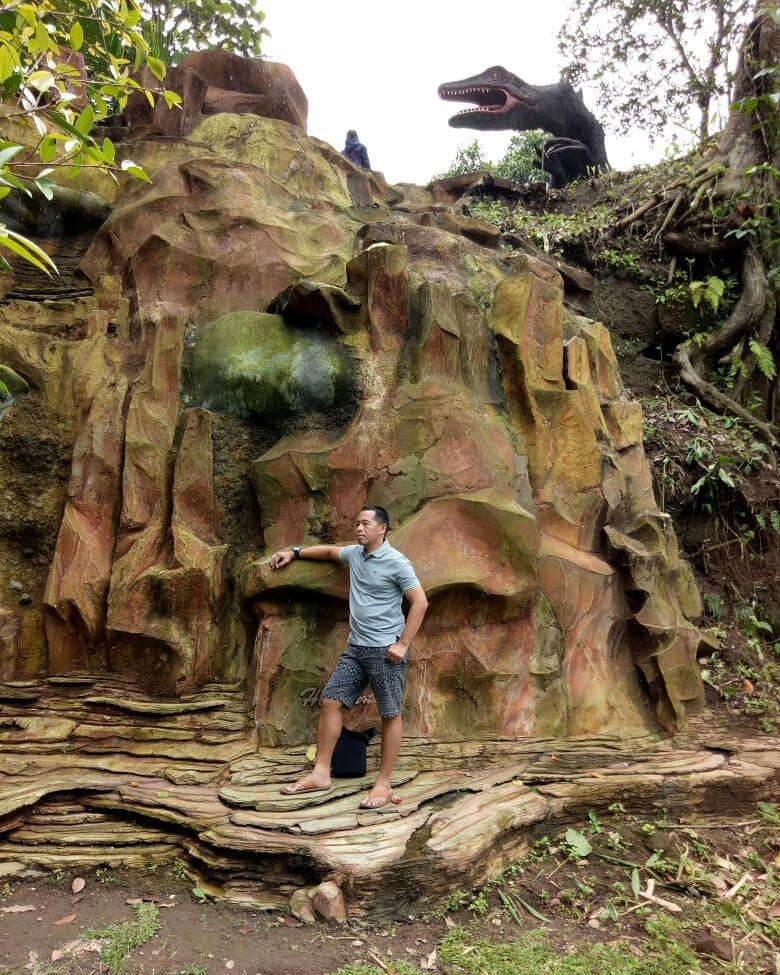 tebing di lembah tumpang resort