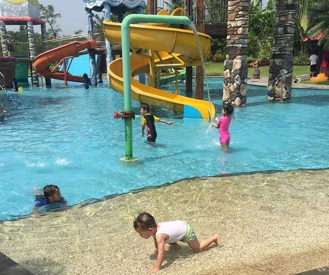 tirtasani royal resort waterpark