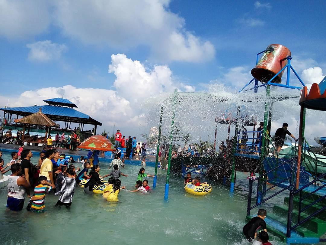wahana air di the mountain recreation park kuningan