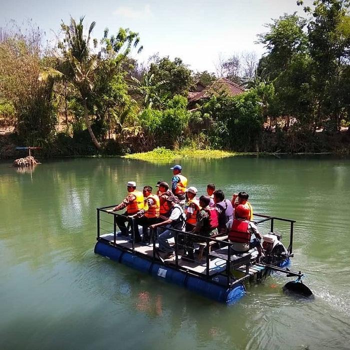 wahana air sewa perahu di setren opak
