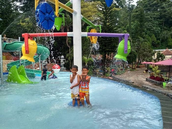 wahana air untuk anak di ubalan pacet