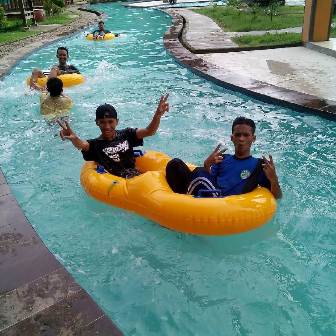 wahana bantimurung waterpark
