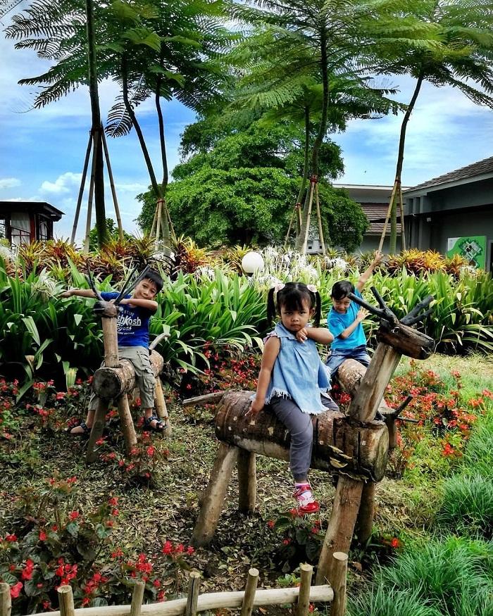 wahana untuk anak di urban farming purwakarta