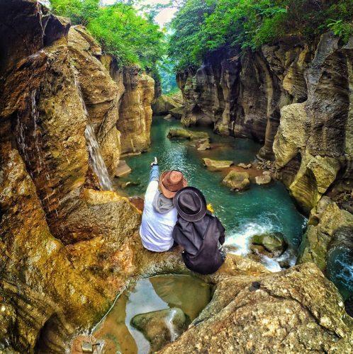 Sungai Cikahuripan - Bandung Barat