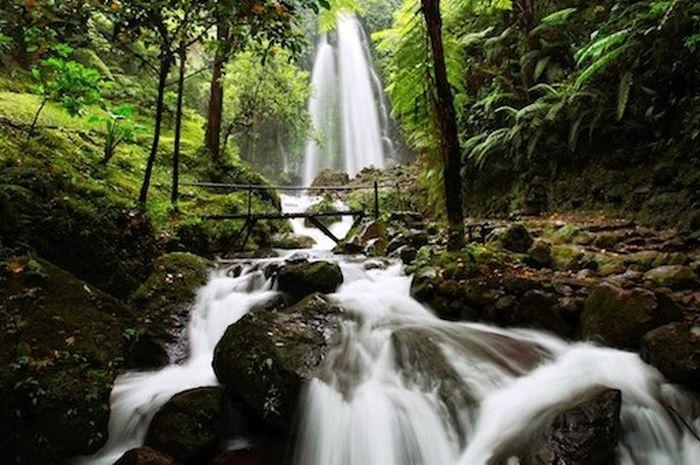 Air Terjun Dlundung Mojokerto