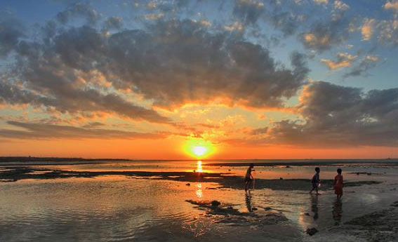Gambar Pantai Lasiana Kupang